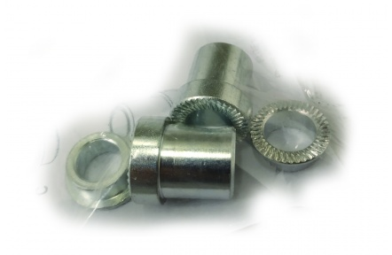 ELITE adaptér trenažéru pro průchozí osu 135 x10 mm a 135 x 12 mm pro trenažér SUITO