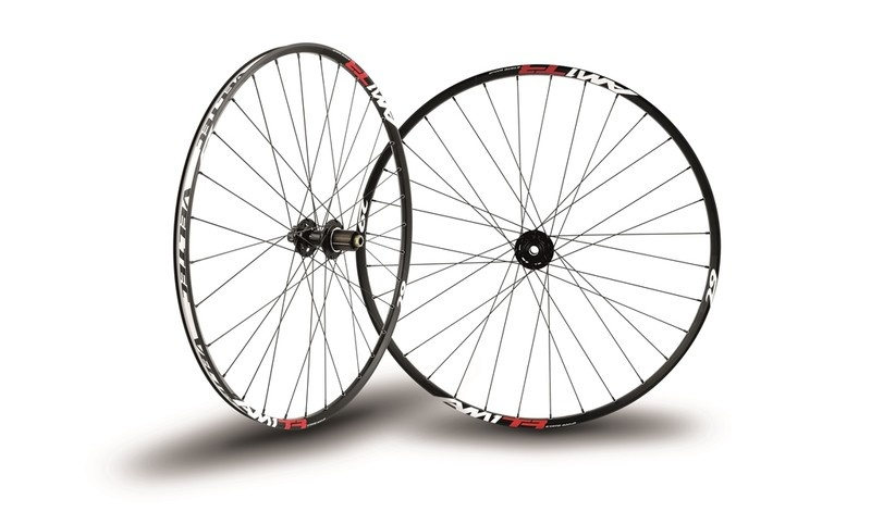 AM ONE TR Shimano 15/100-12/142
